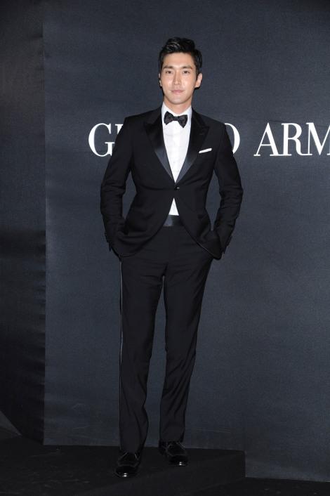 Choi Si Won_Giorgio Armani_HK_03.13