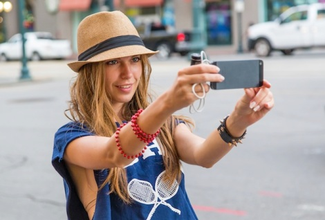 selfieBlaggando